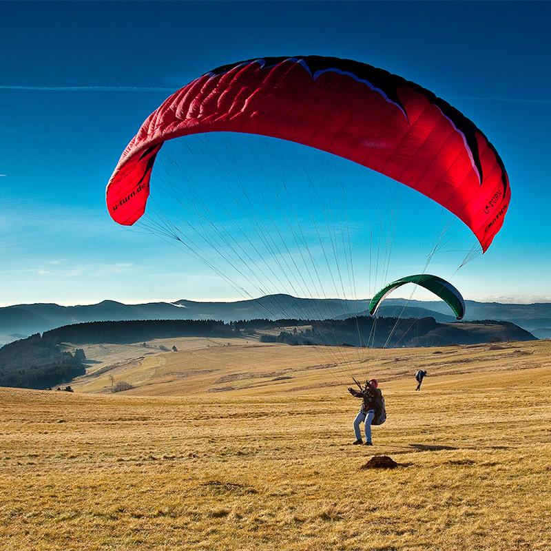 Rhön Camping-Park – Freizeitangebot Paragliding