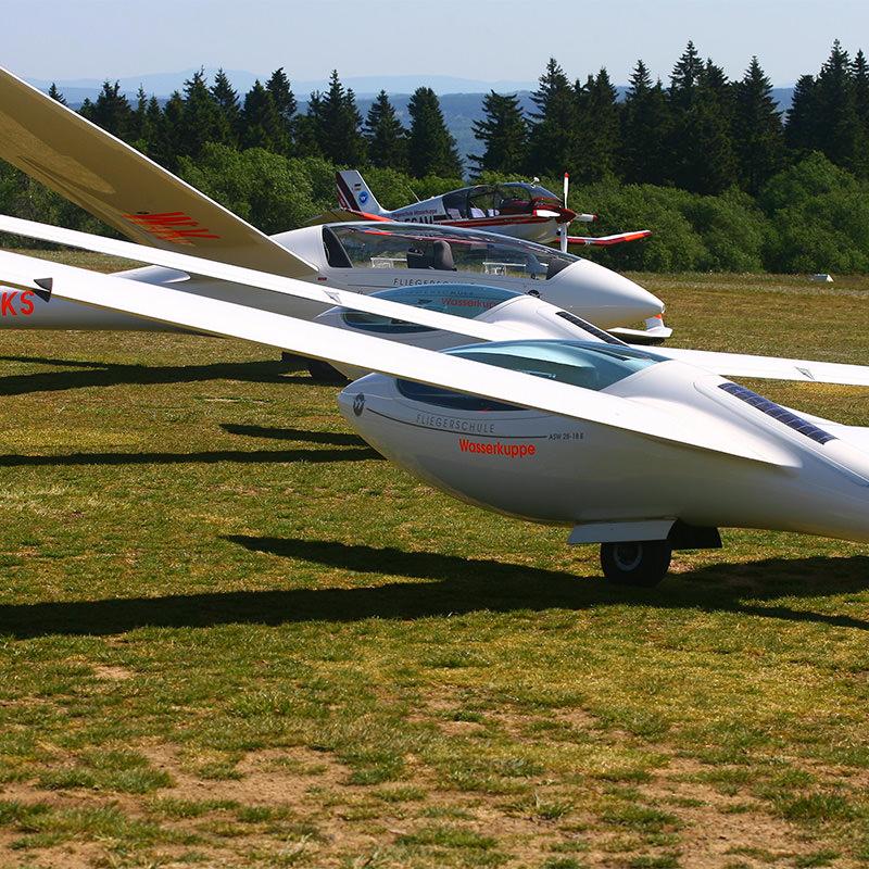 Rhön Camping-Park – Segelflug Fliegerschule Wasserkuppe